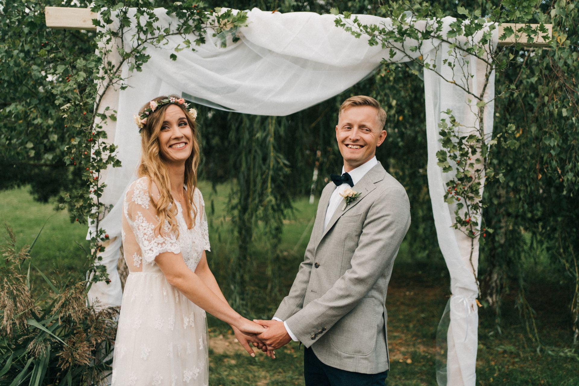 skromny ślub na mazurach
